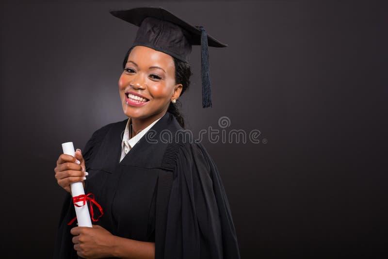 Afrikanischer Collegeabsolvent lizenzfreie stockfotografie