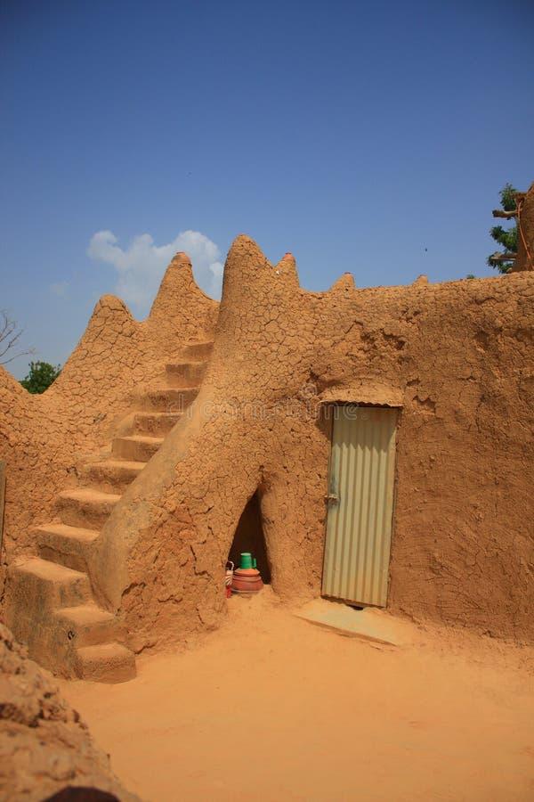 Afrikanischer Moscheinnenraum lizenzfreie stockfotos