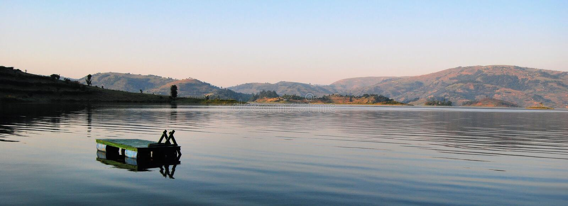 Afrikanischer See lizenzfreie stockfotos