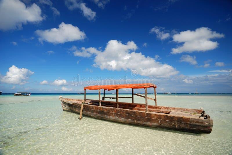 Afrikanisches Boot stockfotografie