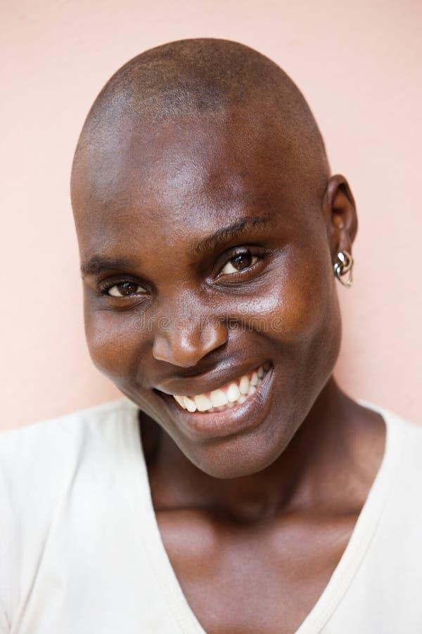 Afrikanisches Frauenportrait stockfotografie