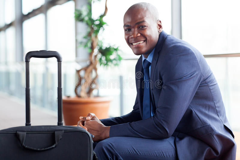 Afrikansk affärsmanflygplats arkivfoto