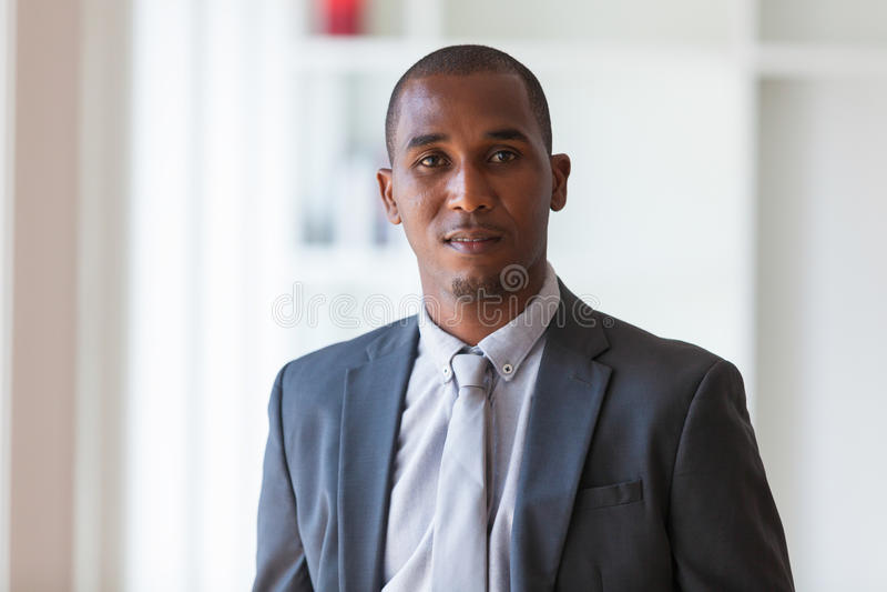 Afrikansk amerikanaffärsman - svarta människor royaltyfri foto