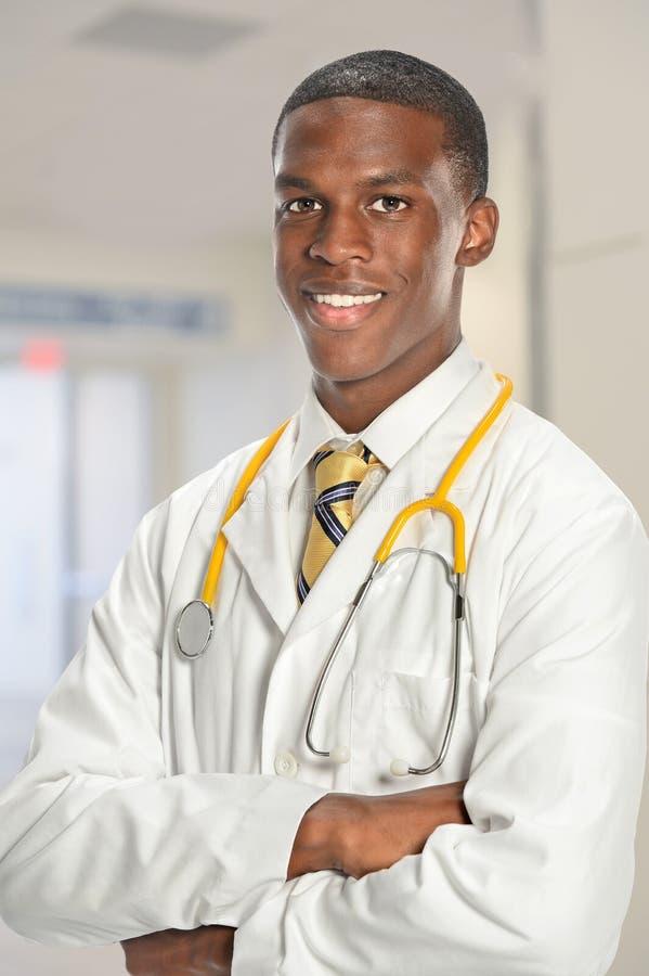 Afrikansk amerikandoktor royaltyfria bilder