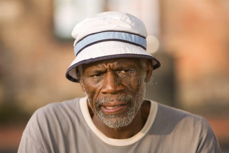 afrikansk amerikanmanpensionär arkivbilder