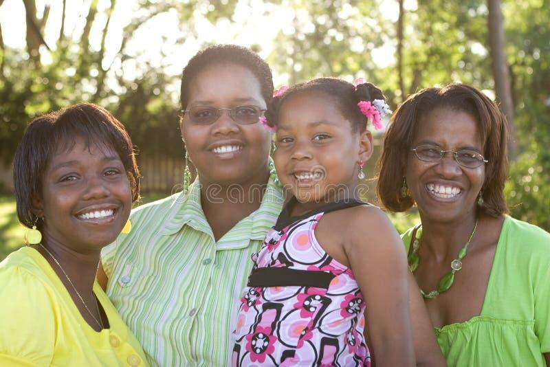 Afrikansk amerikanmoderdaugher och farmor royaltyfri bild