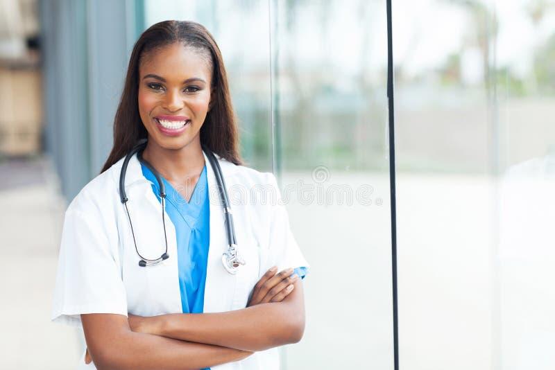 Afrikansk amerikansjuksköterska arkivfoton