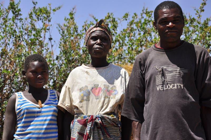 afrikansk familjby royaltyfria foton