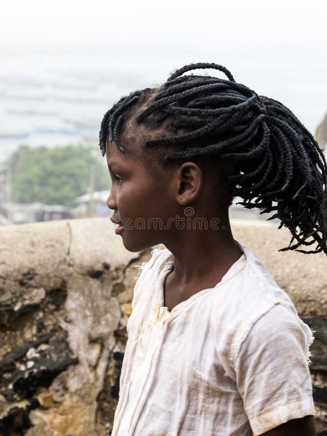 Afrikansk flicka i Ghana royaltyfria foton