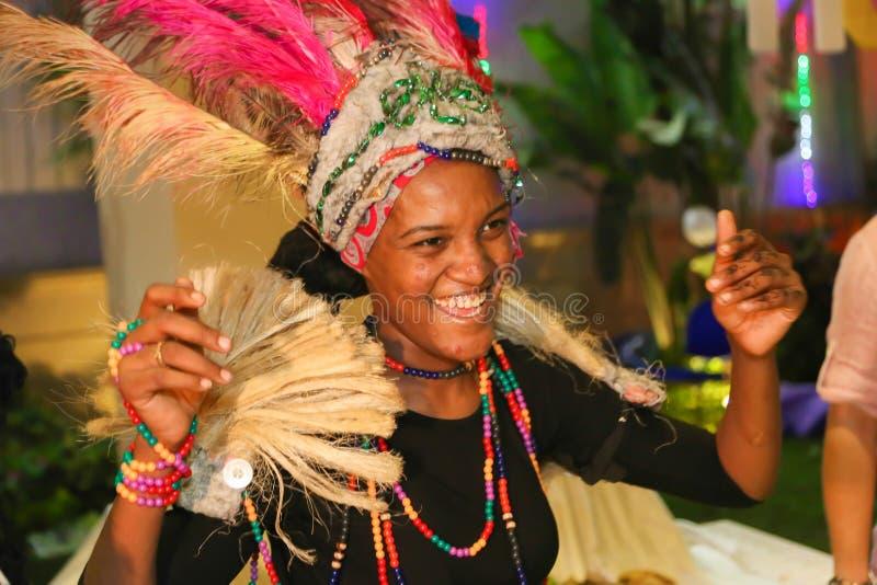 Afrikansk flickadansare royaltyfria foton