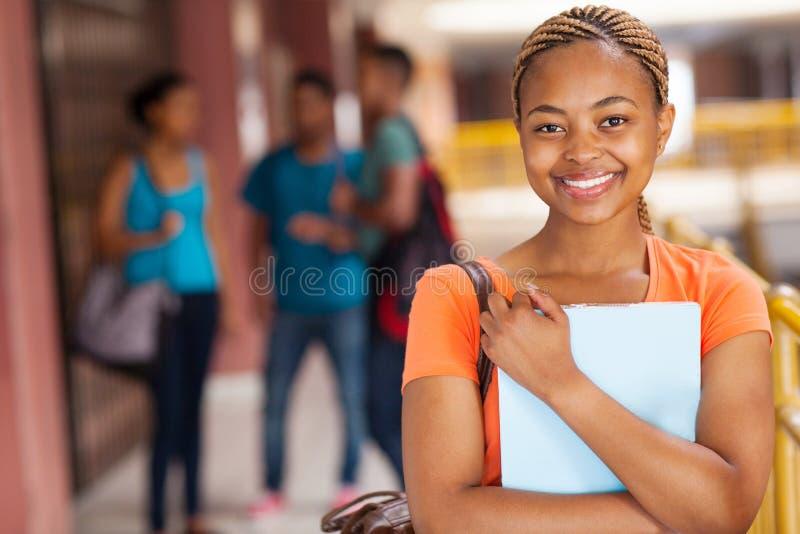 Afrikansk högskolestudent royaltyfri foto
