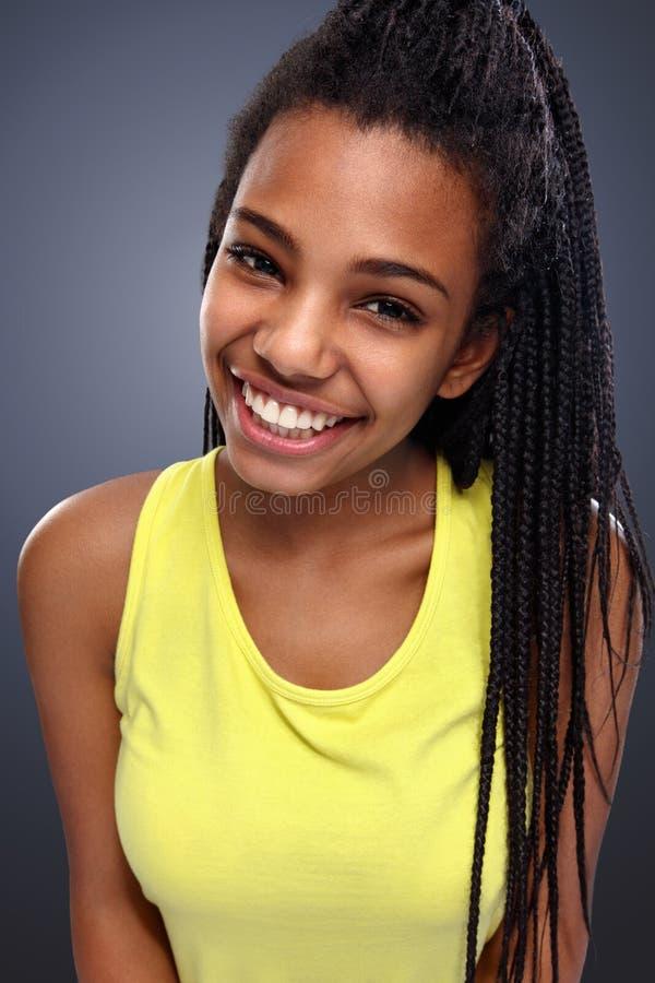 afrikansk h?rlig flicka royaltyfri bild