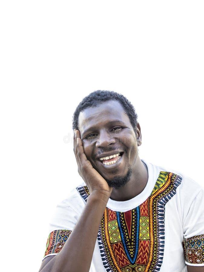 Afrikansk man som bär en ghananskt t-skjorta och skratta för stil arkivfoton