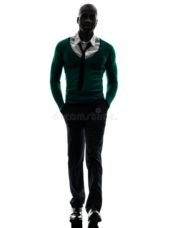 Afrikansk svart man som går konturn royaltyfri foto