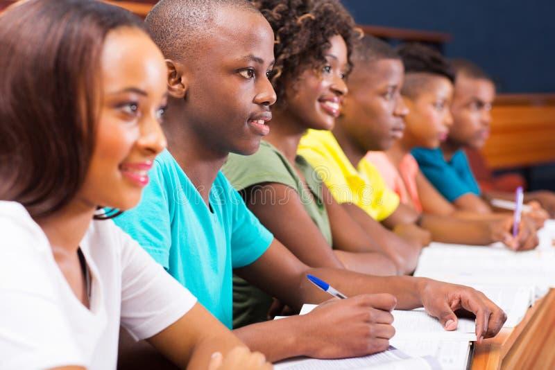 Afrikanska högskolestudenter royaltyfria foton