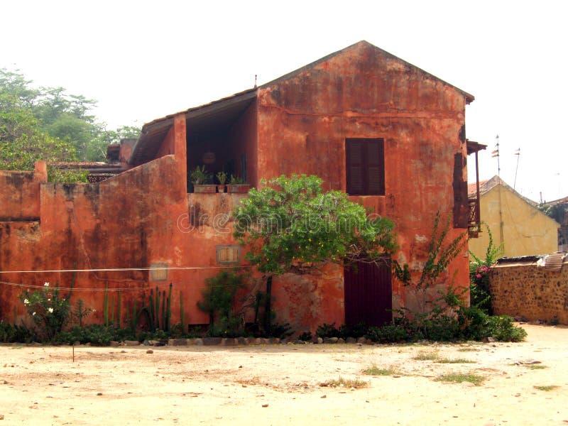 Afrikanskt rött hus - Senegal royaltyfria foton