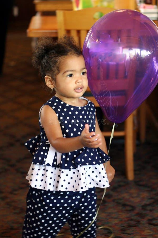 Afro-Américain, femelle Bi-Racial d'enfant en bas âge images stock
