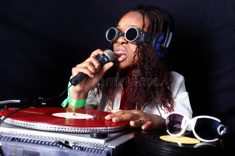 Afro Amerikaans DJ in actie royalty-vrije stock fotografie