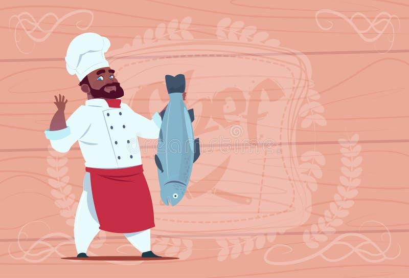 Afroamerikaner-Chef-Koch-Hold Fish Smilings-Karikatur-Restaurant-Leiter in der weißen Uniform über hölzernem strukturiertem Hinte lizenzfreie abbildung