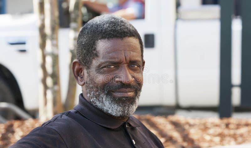 Afroamerikaner-Mann lizenzfreie stockfotos