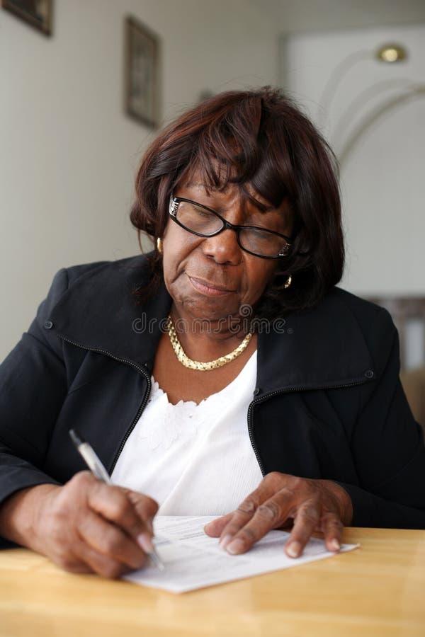 Afroamerikanerfrau stockfotografie