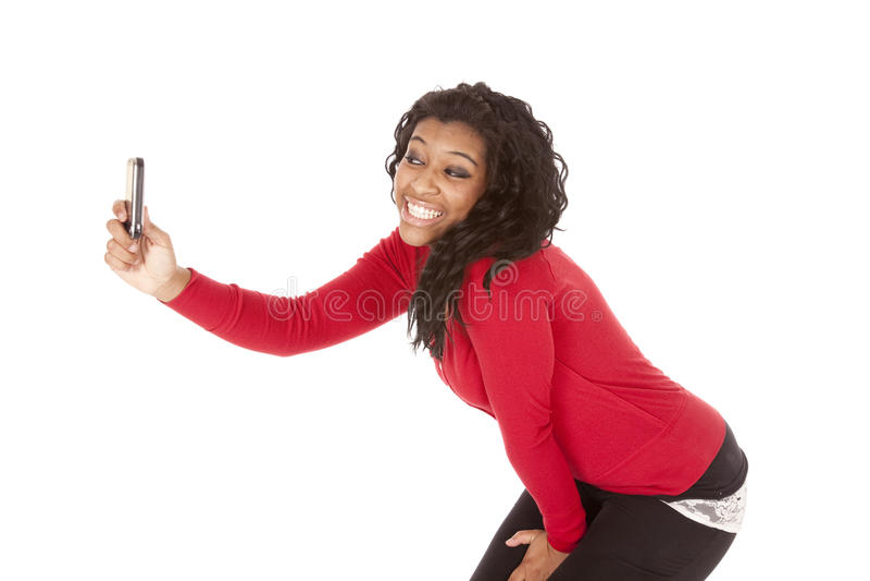 Afroamerikanerfrau, die Foto von Selbst macht lizenzfreies stockfoto