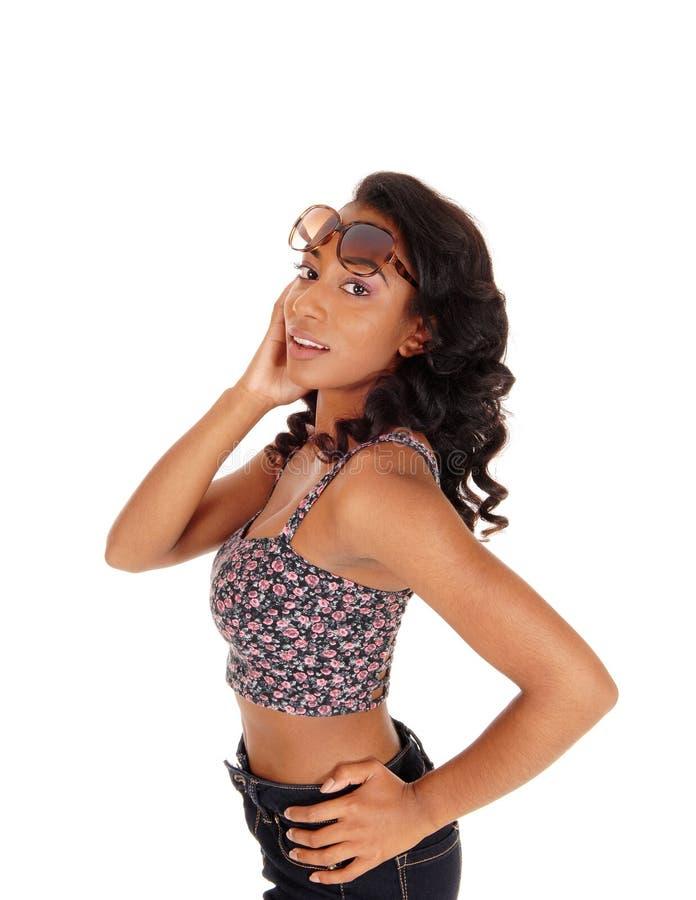 Afroamerikanerfrau im Profil lizenzfreie stockfotos