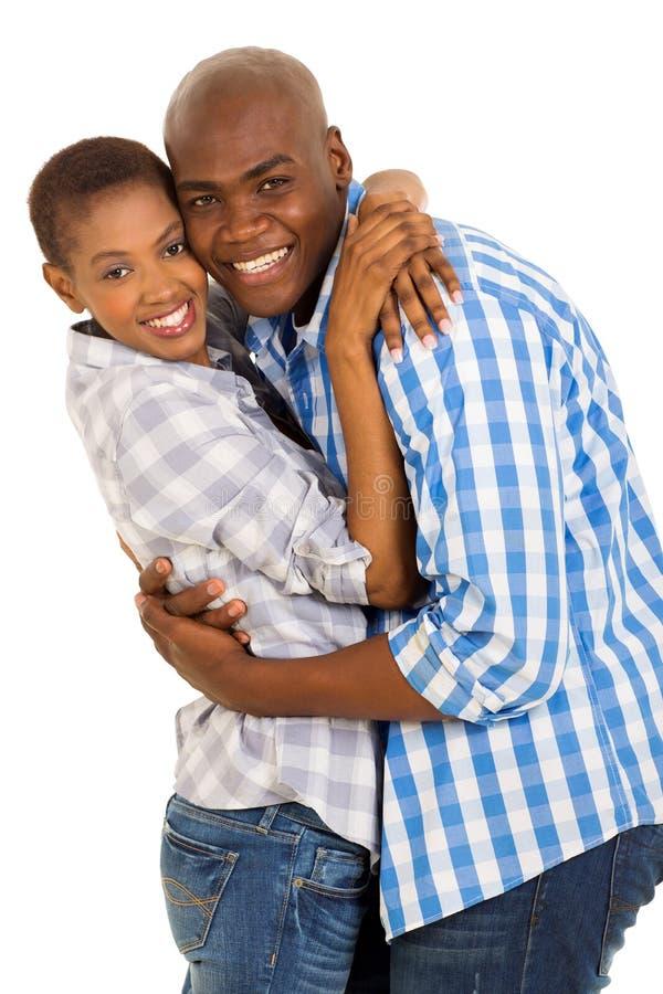 Afroamerikanerpaarumfassung lizenzfreie stockbilder