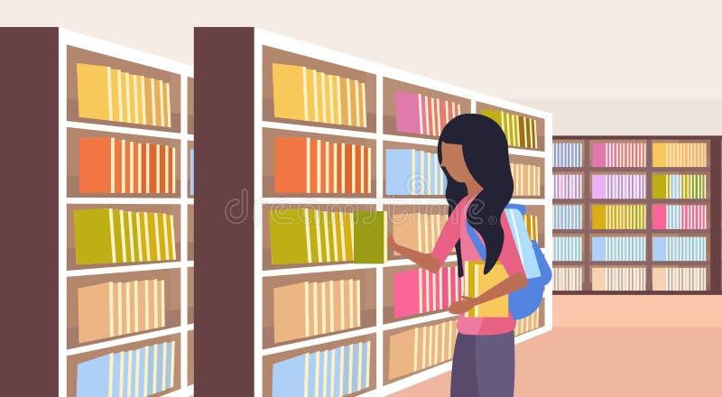 Afrykański dziewczyna uczeń wybiera książki uczennicy blisko półki na książki edukacji nowożytnej bibliotecznej wewnętrznej czyte ilustracja wektor