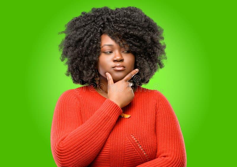 afrykańska piękna kędzierzawego włosy kobieta obrazy royalty free