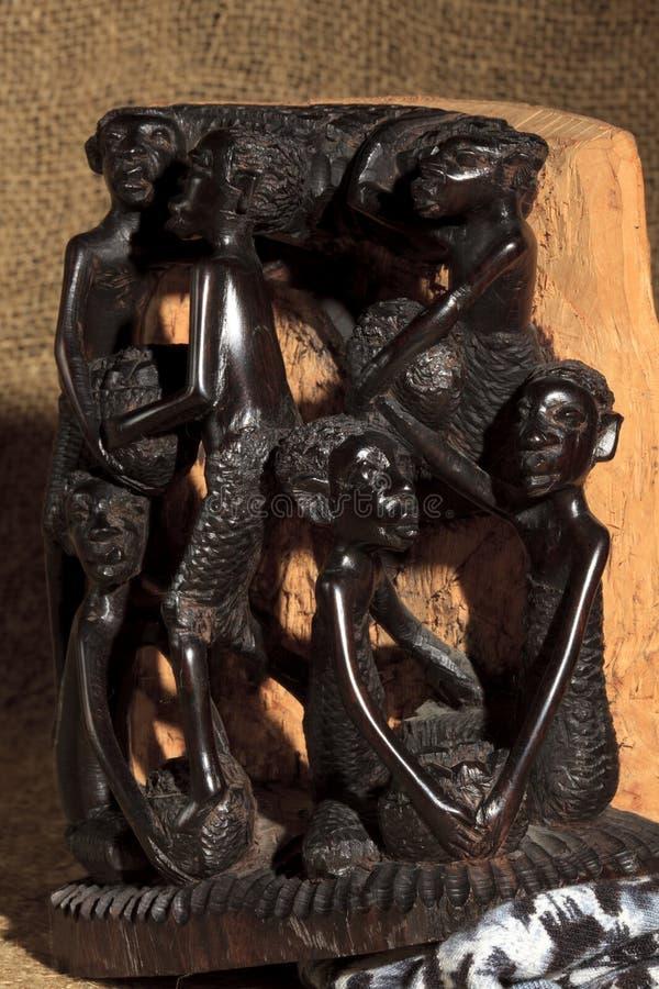 Afrykańska sztuka i rzeźby robić hebanu drewniany cyzelowanie fotografia royalty free