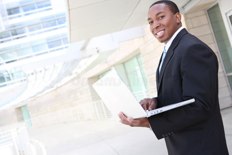 afrykański biznesowy przystojny mężczyzna zdjęcia royalty free