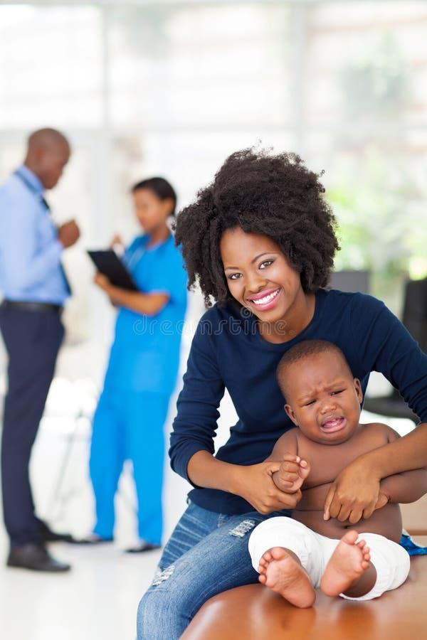 Macierzysty dziecka checkup obrazy royalty free