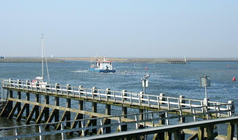 Download Afsluitdijk редакционное фотография. изображение насчитывающей вода - 81800907