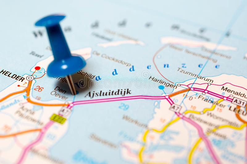 Afsluitdijk op kaart royalty-vrije stock afbeelding