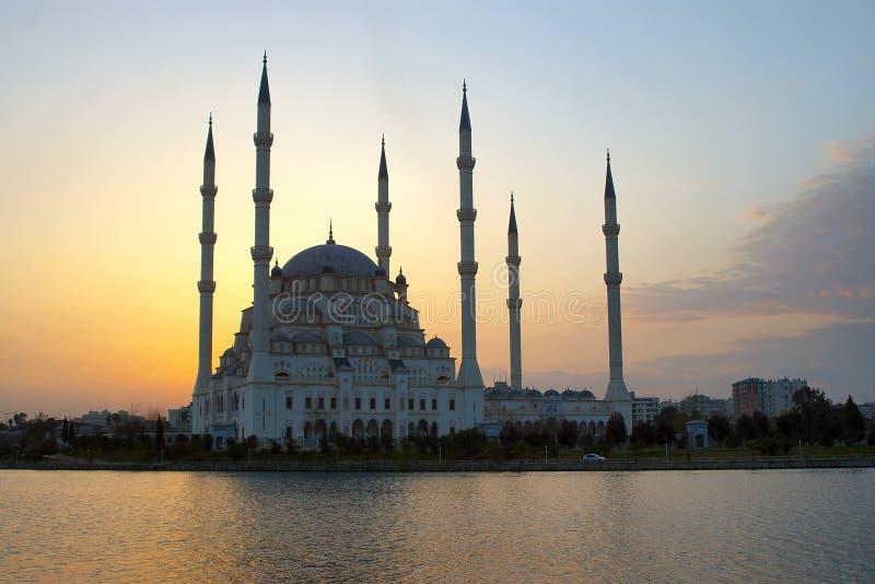 afterglow bak moské royaltyfri fotografi