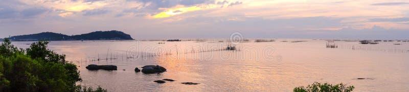 Afton på Ang Sila Beach, Chonburi, Thailand royaltyfri foto