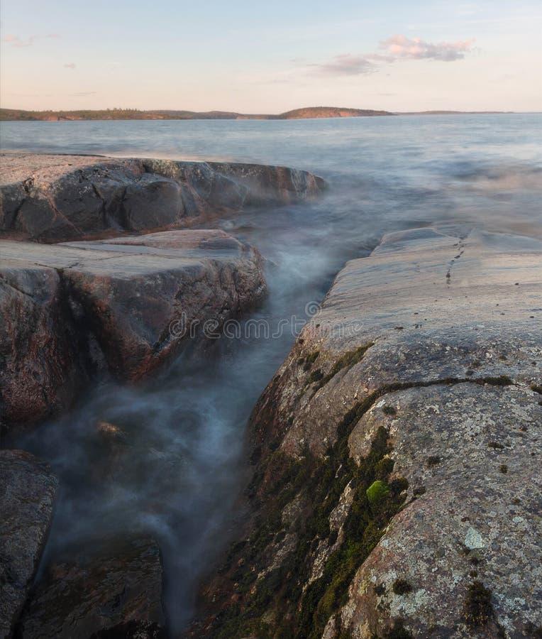 Afton på Lake Ladoga Karelia Ryssland arkivbild