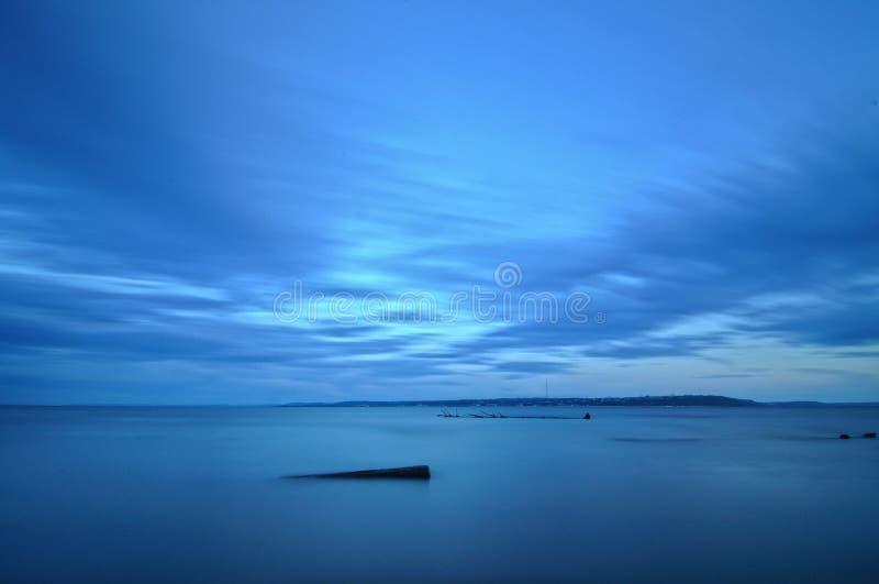Afton p? Volgaet River arkivfoto