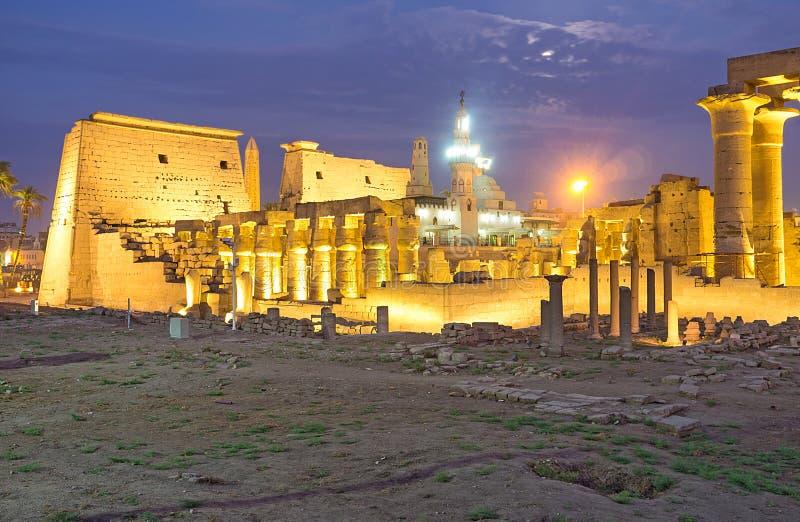 Aftonen i Egypten royaltyfri fotografi