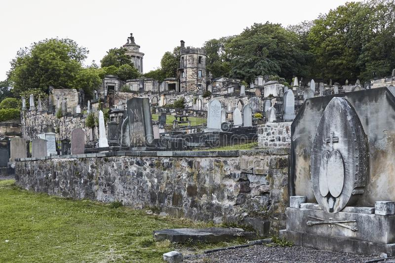 Aftonen sköt av ny Calton gravplats i Edinburg, Skottland, Förenade kungariket arkivbilder