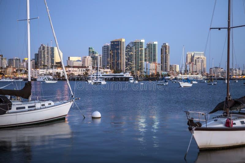 Aftonljus över San Diego Bay royaltyfri fotografi