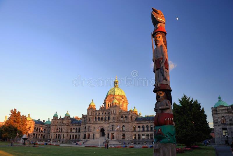 Aftonljus på parlamentbyggnad i Victoria, British Columbia arkivfoton