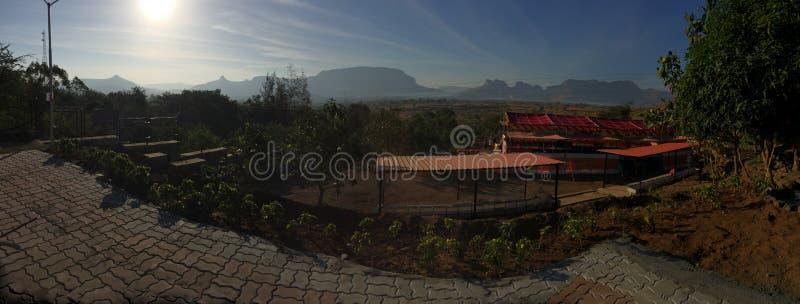 Aftonmorgon Mountain View i Indien royaltyfri bild