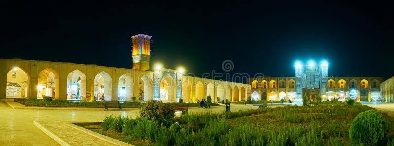 Aftonpanorama av Kerman, Iran royaltyfri foto