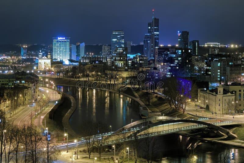 Aftonsikt av det Vilnius affärsområdet, Litauen royaltyfri bild