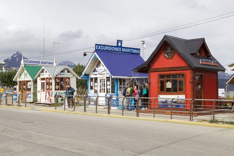 Agências de turista em Ushuaia, a capital de Tierra del Fuego, Argentina fotos de stock royalty free