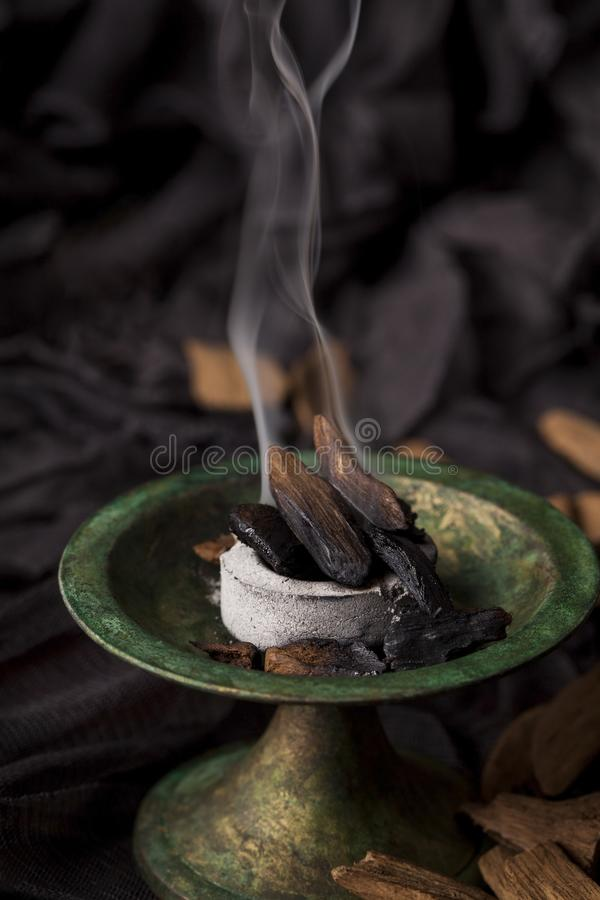 Download Agarwood imagen de archivo. Imagen de bosque, árabe - 100527541