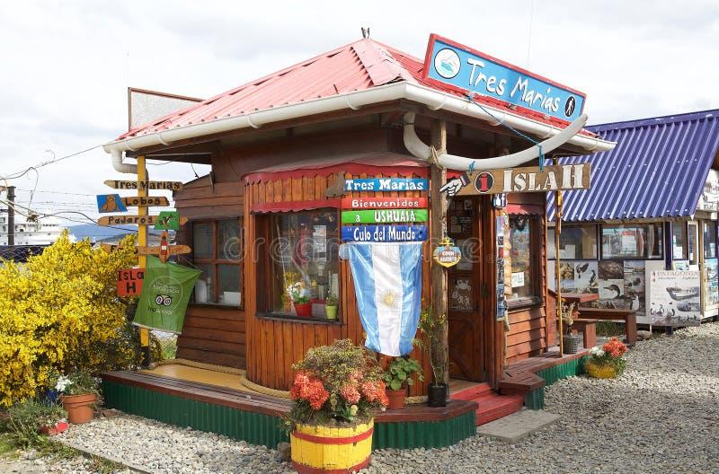 Agencias turísticas en Ushuaia, la capital de Tierra del Fuego, la Argentina foto de archivo libre de regalías