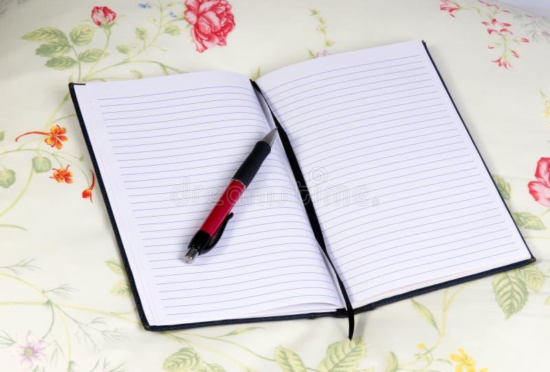 Agenda en Pen 4 royalty-vrije stock afbeeldingen